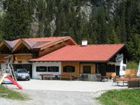 Foto: Wolfgang Dröthandl / Wander Tour / Von Elbigenalp auf die Hermann-von-Barth-Hütte / Gibler Alm; Quelle: www.lechtaler-bergbahnen.at / 01.02.2011 12:37:56